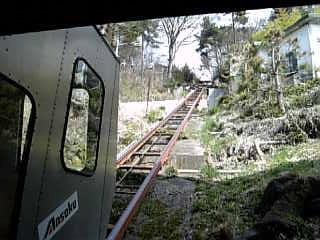 トロッコ電車で露天風呂